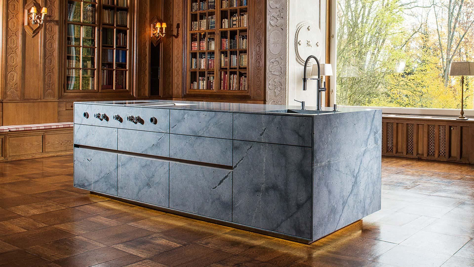Tiroler Küchenstudio | Strasser präsentiert neue Luxus-Küche