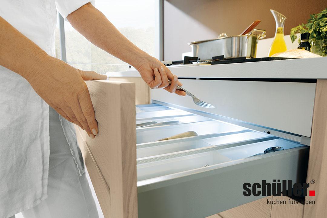 Tiroler k chenstudio sch ller k chen for Cuisine en bois nature et decouverte